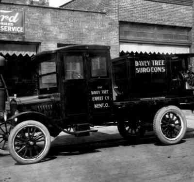Davey Tree Truck